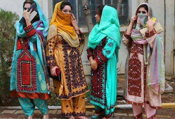 لباس سنتی بلوچی